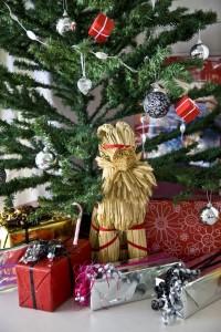 Julklappar under julgranen Foto: IC / IBL Bildbyrå
